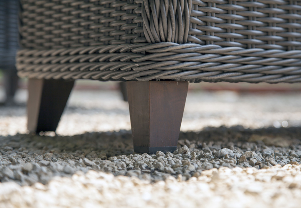 MADURA OCEO FAUTEUIL DETAIL PIED