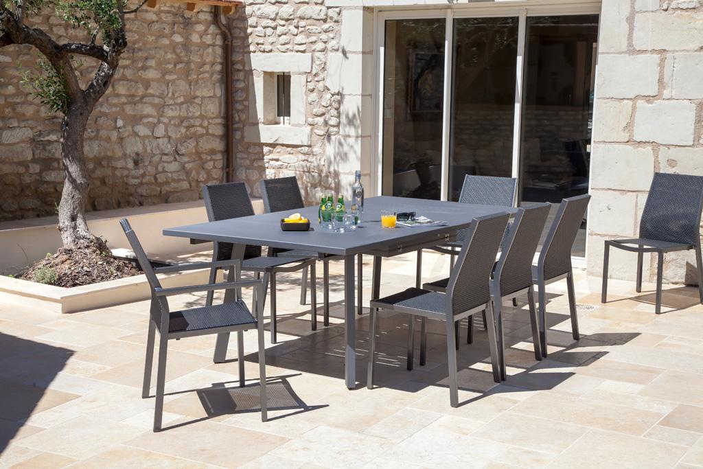 table barcelona oc o sun mobilier. Black Bedroom Furniture Sets. Home Design Ideas