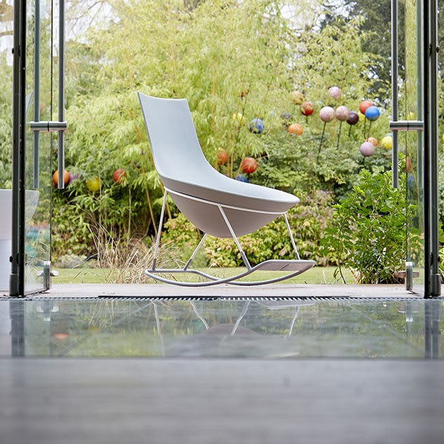 tom yam 2 sun mobilier. Black Bedroom Furniture Sets. Home Design Ideas