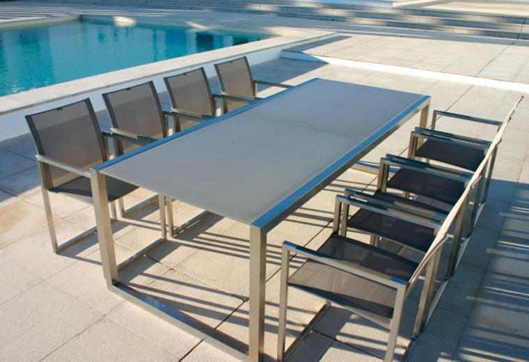Table ninix royal botania sun mobilier for 3e1 exterieur design pure excellence